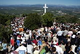 Pilgrims gathered on the Cross Mountain